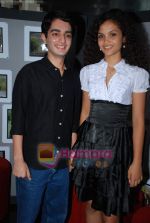 Ayesha Kapur, Parzun Dastur at Sikandar promotional event in PVR on 17th Aug 2009 (7).JPG