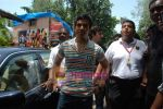 Tusshar Kapoor sell the tickets to promote the film in Galaxy, Bandra on 17th Aug 2009 (23).JPG