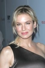 Renee Zellweger at the NY Premiere of MY ONE AND ONLY in Paris Theatre on August 18th 2009 (1).jpg