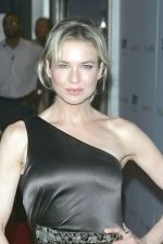 Renee Zellweger at the NY Premiere of MY ONE AND ONLY in Paris Theatre on August 18th 2009 (4).jpg