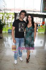 Sophie Chaudhary and Aashish Chaudhary at the launch of Lucera collection at Gitanjali in Infinity Mall on 19th Aug 2009 (7).JPG