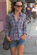 Christina Ricci having lunch with a friend at Joan_s on Third, Los Angeles, California on 26th August 2009 - IANS-WENN (5).jpg