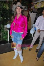 Rambha promotes Dolly of Quick Gun Murugun with Baskin Robbins in Carter Road on 26th Aug 2009 (32).JPG