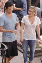 Hilary Duff and Penn Badgley On The Set Of GOSSIP GIRL in New York City on 26th August 2009 (43).jpg