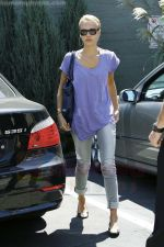 Jessica Alba out running errands in Santa Monica, Los Angeles, California on 27th August 2009 - IANS-WENN (2).jpg