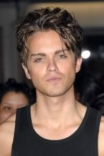 Thomas Dekker at the LA Premiere of THE FINAL DESTINATION on 27th August 2009 at Mann Village Theatre.jpg