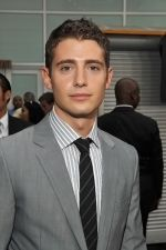 Julian Morris at the LA Premiere of SORORITY ROW in ArcLight Hollywood on 3rd September 2009.jpg