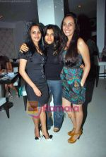 Anita Hassanandani, Ekta Kapoor at party hosted by Anita Hassanandani and Nazneen Sarkar in Puro on 9th Sep 2009 (6).JPG