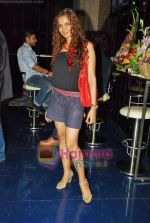Shweta Kawatra at Akangsha Rawat_s birthday bash in Stardust, Malad on 13th Sep 2009 (17).JPG