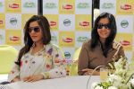 Kaykashan Patel with Leena Tipnis at the launch of Lipton Clear Green in Mumbai on 15th Sep 2009 .JPG