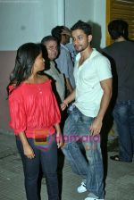 Kunal Khemu at Arpita Khan_s Wanted screening in Ketnav Studio, bandra, Mumbai on 15th Sep 2009 (3).JPG