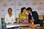 Jacqueline Fernandes, Ritesh Deshmukh, Sujoy Ghosh at the First look launch of Aladin in Taj Land_s End on 16th Sep 2009 (29).jpg