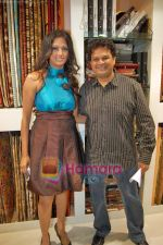 Viren Shah, Brinda Parekh at the launch of Brinda Parekh_s furnishing store A to Z in Irla on 19th Sep 2009 (2).JPG