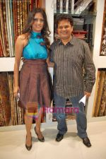 Viren Shah, Brinda Parekh at the launch of Brinda Parekh_s furnishing store A to Z in Irla on 19th Sep 2009 (3).JPG