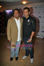 Sanjay Gupta, Rohit Roy at Peace for India concert organised by ITA, Percept and Star Plus in The Club on 23rd Sep 2009 (35).JPG