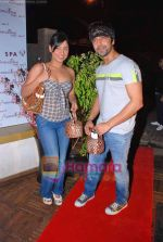 Smita, Aashish Chaudhary at Anusha Dandekar_s Aroma thai fooot spa bash in pali Hill, Mumbai on 23rd Sep 2009 (13).JPG