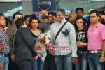 Jermaine Jackson arrives in Mumbai to record with Adnan Sami on 2nd Oct 2009 (23).JPG