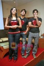 Tina, Hussain, Shakti at Candian show Hearthrobs press meet in Marimba Lounge on 5th Oct 2009 (3).JPG
