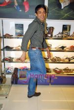 Manish Goel at Tresmode Fall Winter collection launch in Bandra, Mumbai on 7th Oct 2009 (3).JPG