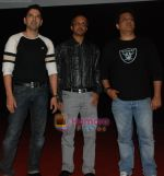 Anuj Sawhney ,Producer Sunil Pathare and Singer Daboo Malik at 3 Nights 4 Days Premiere in Cinemax Kalyan on 9th Oct 2009.JPG