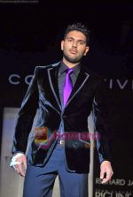 Yuvraj Singh at The Collective show in Palladium  on 9th Oct 2009 (76).JPG