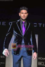 Yuvraj Singh at The Collective show in Palladium  on 9th Oct 2009 (8).JPG