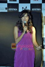 Chitrangada Singh at Estetica magazine launch in Zenzi on 10th Oct 2009 (2).JPG