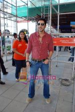 Zayed Khan at the launch of Light of Light NGO in Phoenix Mall on 10th Oct 2009.JPG