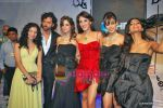 Hrithik Roshan, Suzanne Roshan, Farah Ali Khan, Genelia D Souza at HDIL Day 1 on 12th Oct 2009 (8).JPG