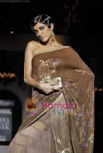 Model walk the ramp for Suneet Varma Show at HDIL India Couture Week, Grand Hyatt, Mumbai on 15th Oct 2009 (38).JPG