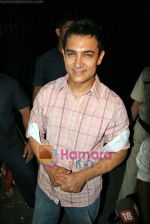 Aamir Khan at Diwali Card Party Celebration on 17th Oct 2009 (8).JPG