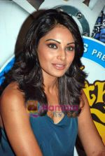 Bipasha Basu at All the Best promotional event in Cinemax on 18th Oct 2009 (10).JPG
