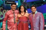 Rehman, shweta tiwari and anoop soni on Comedy Circus 3 on 20th Oct 2009.JPG