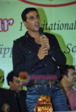 Akshay Kumar at 1st Invitational Open National Karate Championship in Andheri Sports Complex, Mumbai  on 21st Oct 2009 (10).JPG