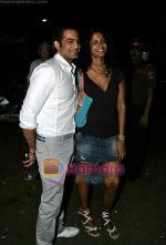Upen Patel and Sheetal Malhar at Busaba Lounge_s 8th Anniversary bash in Mumbai on 21st Oct 2009.JPG