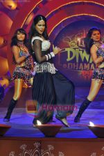 Sameera Reddy at Lux Diwali Dhamaka Show on 22nd Oct 2009 (5).JPG