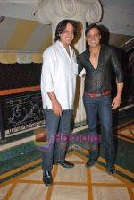 Rahul Roy, Yash Tonk at Raju Kariya_s bash in Raheja Classique, Andheri Mumbai on 24th Oct 2009 (15).JPG
