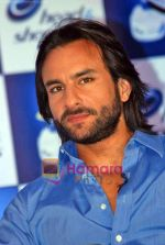 Saif Ali Khan at the launch of New Head N Shoulders Scalp Massage Cream in Mumbai on 29th Oct 2009 (35).JPG