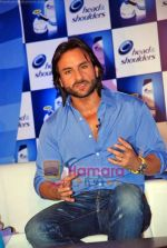 Saif Ali Khan at the launch of New Head N Shoulders Scalp Massage Cream in Mumbai on 29th Oct 2009 (4).JPG