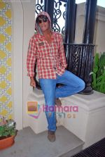 Chunky Pandey at De Dhana Dan Media meet in Juhu, Mumbai on 30th Oct 2009 (5).JPG