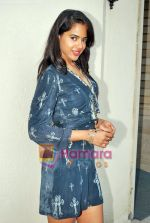 Sameera Reddy at De Dhana Dan Media meet in Juhu, Mumbai on 30th Oct 2009 (4).JPG