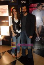 Hrithik Roshan, Suzanne Roshan at the special screening of film Aao Wish Karein in PVR Juhu on 11th Nov 2009 (14).JPG