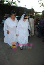 Farida Jalal at Simple Kapadia_s prayer meeting in Juhu on 13th Nov 2009 (2).JPG