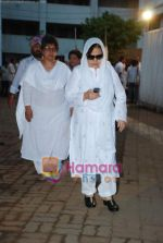 Farida Jalal at Simple Kapadia_s prayer meeting in Juhu on 13th Nov 2009 (3).JPG