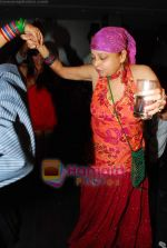 Rita Bhaduri at Tony and Deeya Singh_s bash for serial Choti Bahu in D Ultimate Club on 4th Dec 2009 (31).JPG