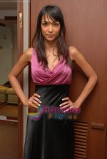 Shamita Singha at FUEL- The Fashion Store in Mumbai on 23rd Dec 2009.JPG