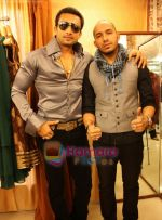at the Launch of Fash N Trends store in Bandra on 29th Dec 2009 (8).jpg