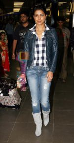 Priyanka Chopra arrives from NY to promote her new film Pyaar Impossible on 4th Jan 2009 (4).jpg