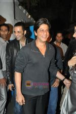 Shahrukh Khan at Daboo Ratnani calendar launch in Olive on 6th Jan 2009 (3).JPG