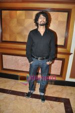 Sonu Nigam at Striker Music Launch in Taj Land_s End, Bandra, Mumbai on 12th Jan 2010 (2).JPG